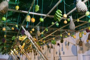 Yiddish in der Suke – Yiddish in the Sukkah